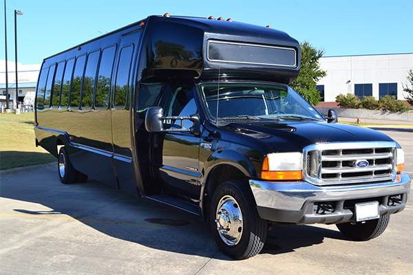 15 Passenger party bus Indianapolis