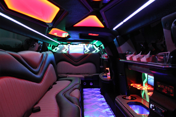 Chrysler 300 limo rental Indianapolis