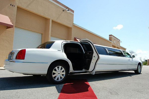 lincoln stretch limo Indianapolis